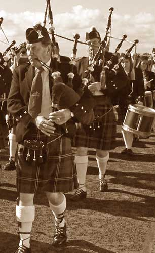 Highland Games Pipers local events near the Kingswood Hotel Fife Scotland