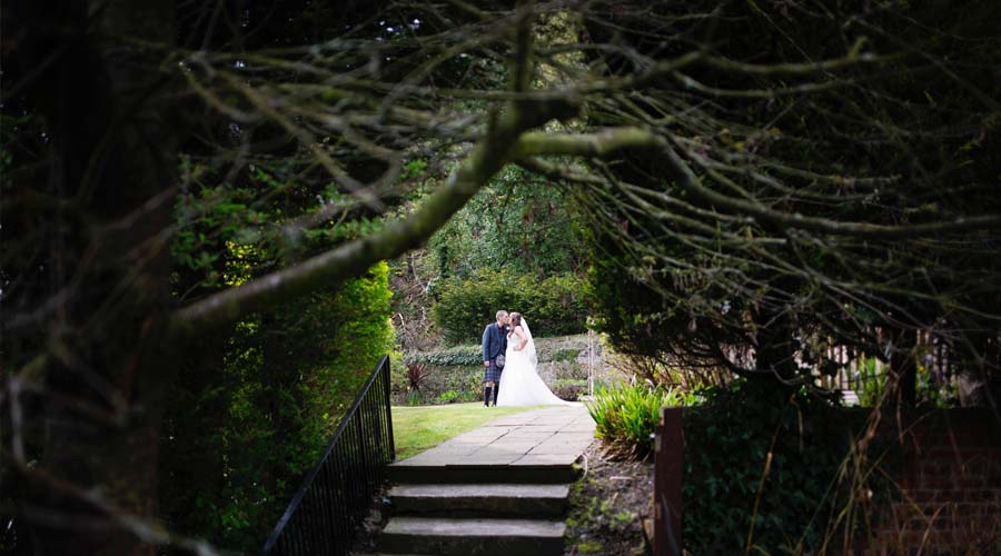 Kingswood-Hotel-Gardens-Wedding-Venue-1