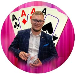 Cameron Young Secrets Magic Show coming to The Kingswood Hotel Christmas 2019
